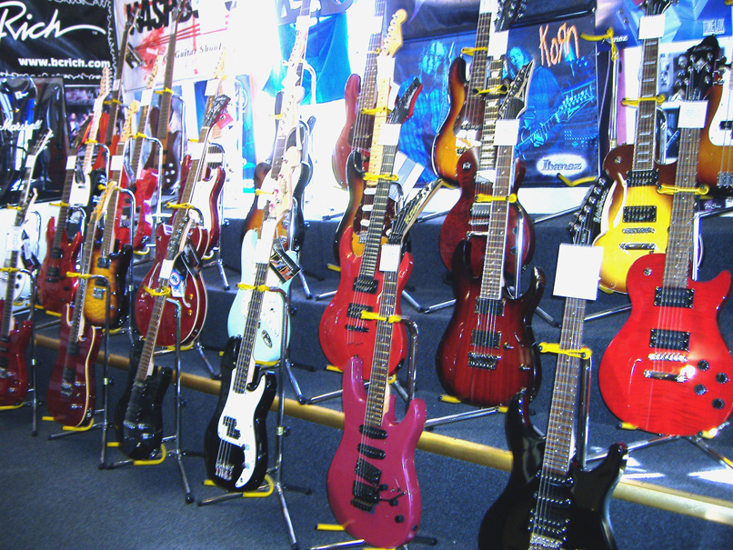 Music Store Guitars, Amps, Sound, Repairs, Vintage Gear, Fender, Gibson